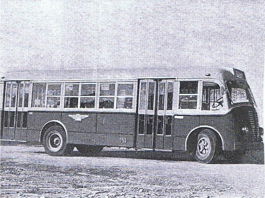 8- autobus 3 001